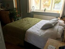 Double bed throw