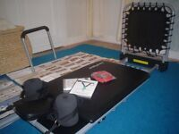 PILATES MACHINE (AS NEW) 4640 4 CORDED/WIDER PLATFORM/PULLUP BAR/RED POWER CORD (UNUSED) 6 DVDS