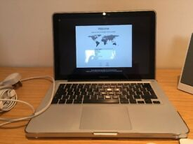 Macbook Pro 2011 13 Inch - Speck Transparent Case 16GB Memory Upgrade