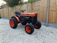 Kubota B6000E, compact tractor, nice little machine.