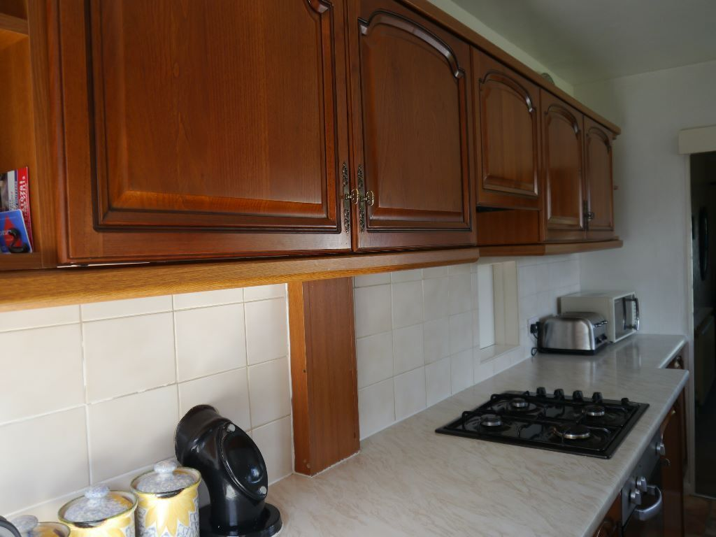 second hand fitted kitchen units with gas hob extractor