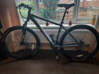Mens cross FXT700 Mountain bike