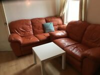 bright double room to let @ E7 9ET all bills inclusive excellent location zone 3 available now !!!