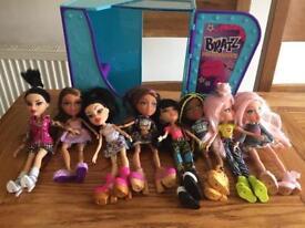 Bratz dolls with photo booth ..