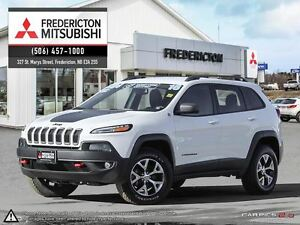 2016 Jeep Cherokee TRAILHAWK! 4X4! LEATHER! BACKUP CAM!