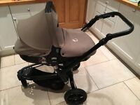 Jane Matrix 2 Travel System and Isofix Base. Excellent Condition