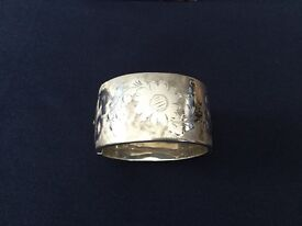 Vintage heavy silver bangle engraved all the way around 60g 1972 hallmark
