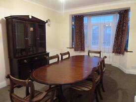 4 Bedroom House near Neasden Station! NW2