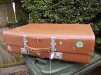 Vintage/Retro Expandable Revelation Vulcanised Fibre Brown Suitcase