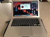 "MacBook Air 13"" late 2011 MINT CONDITION"