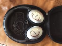 Bose Quiet Comfort 15 Noise Cancelling Headphones - Great For Flying - Two Available