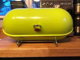 Wesco breadboy- green bread bin in good condition