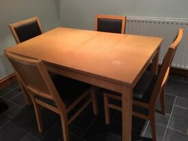 Extending table with 4chairs