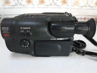 Canon Hi 8 - 8 mm Video Camcorder plus accessories