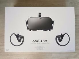 Oculus Rift Touch Bundle VR - Virtual Reality Headset - Less than 2 Months Old!!