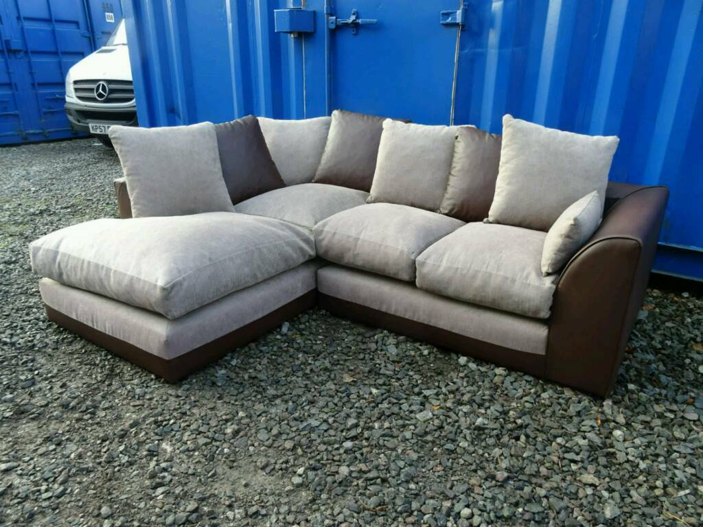 Brown/Cream Corner Sofa Excellent Clean Condition*