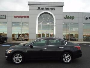2015 Nissan Altima 2.5L SV ONLY $110* Bi-weekly LUXURIOUS