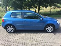 2004 Volkswagen GOLF 1.6 FSI Sport (SERVICE HISTORY AND FULL 1 YEARS MOT) can be driven away today