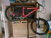 Commencal supreme v2 dh downhill bike
