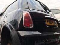 2004 MINI ONE BLACK RED • BREAKING FOR SPARES PARTS LONDON ESSEX