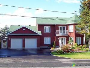 420 000$ - Maison 2 étages à vendre à Victoriaville