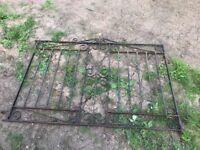 Iron gates for sale x4 (see price in description)