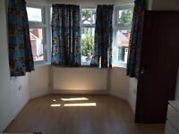 IG2.Gants hill.En-suite double room for Couple/single.All bills incl.Furnished(short let available)