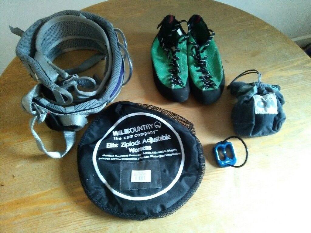 0fab827ef97 Rock climbing equipment (harness