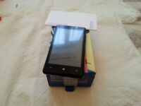 Nokia Lumia 820 ( with new replacement digitiser ) unlocked