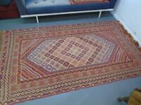 Lovely Vintage / Retro Tunisian Rug 1978 In Very Good condition.