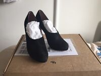 Black heels from Ash/Suede leather/UK3
