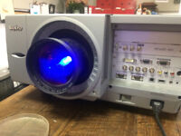 Projector SANYO PLC-XF60A in working order - bargain price