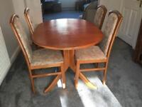 Solid Wood Dining Table & 4 Chairs, (extendable) excellent condition.