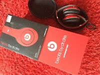 STUDIO Beats By Dr Dre (Red).