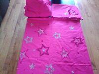 Pink single bed set