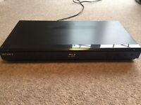 Sony Blu-Ray DVD player with remote control