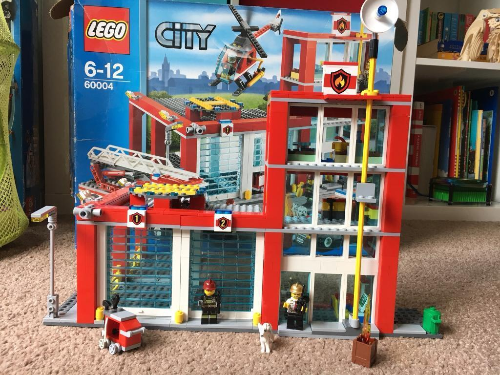 Lego City 60004 Fire Station 100 Percent Complete With Box And