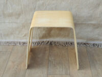 Wooden lamp table (Delivery)