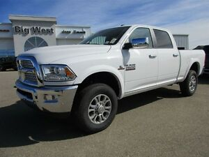 2017 Ram 2500 LARAMIE CREW DIESEL 4x4 HEATED LEATHER BUCKETS / 8