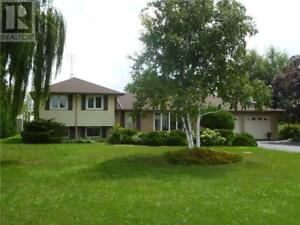 457 TRINITY CHURCH Road Glanbrook, Ontario