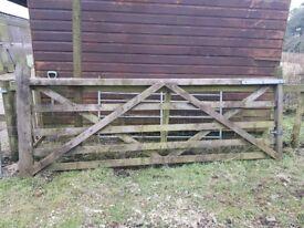 Wooden field gate 10ft