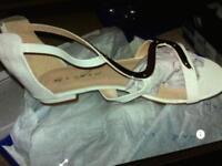 Ladies brand new lunar sandles