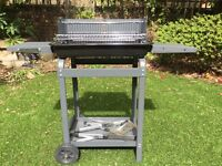 Charcoal BBQ in very good condition, never used