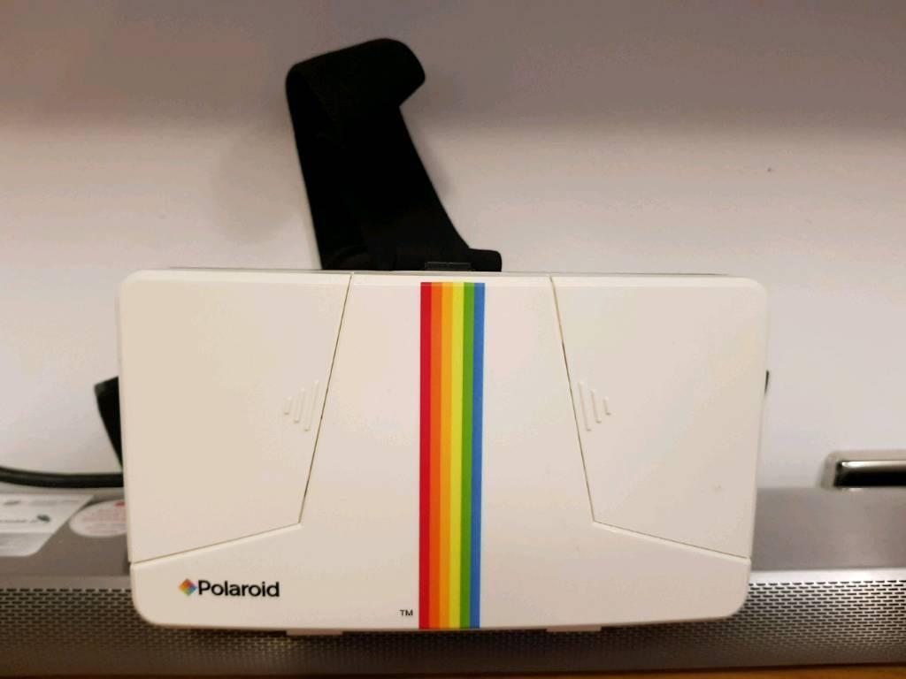 Polaroid VR headset