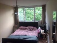 Double bedroom in a 2 bed Flat
