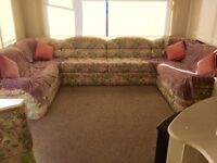 Cheap accommodation to let in Chessington Surrey