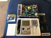 Original boxed Nintendo Gameboy console