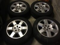 Discovery 3 wheels & winter tires from a 2008 tdv6 hse BARGAIN £250 collect slough tel 07526202005