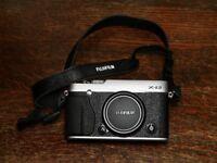Fuji XE2 Mirrorless Camera Body