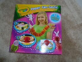 Crayola Paper Fan-Tastic Craft Art Kit